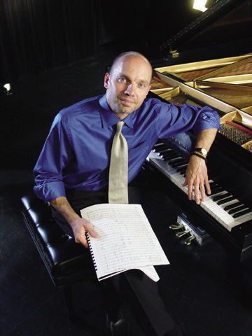 UNL pianist Paul Barnes will debut a new work by american composer Philip Glass on sept. 18 at the Lied...